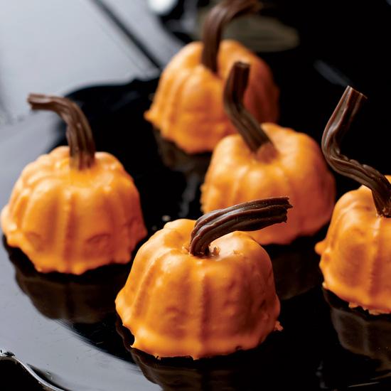 Pumpkin Spice Cakeas