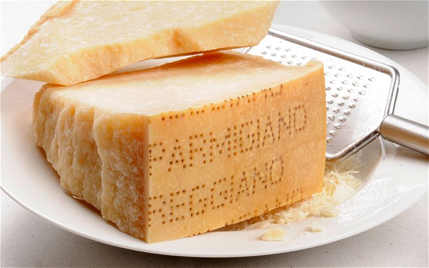 Parmesan-cheese_2005266b