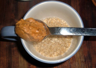 peanut-butter-oatmeal-400x283