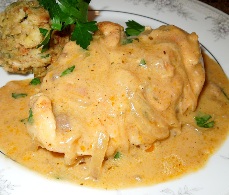 Southern Smothered Chicken Breasts with Onion Gravy & Food Facts of the Old South