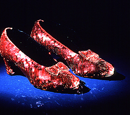 A-Pair-of-Original-Ruby-Slippers-the-wizard-of-oz-5547739-432-383