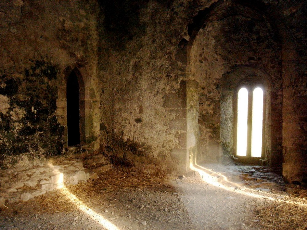 Leap-Castle-Interior-1.jpg