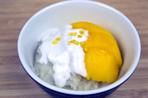 mango with sticky rice dessert recipe